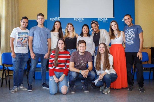 Estudiantes de la UPNA participantes durante este curso en el Proyecto Ruiseñor.
