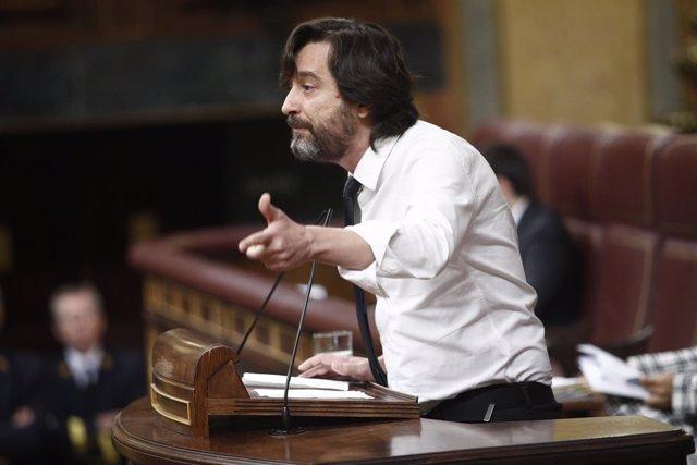 Pleno en el Congreso para debatir la nueva normativa para los vehículos de alqui