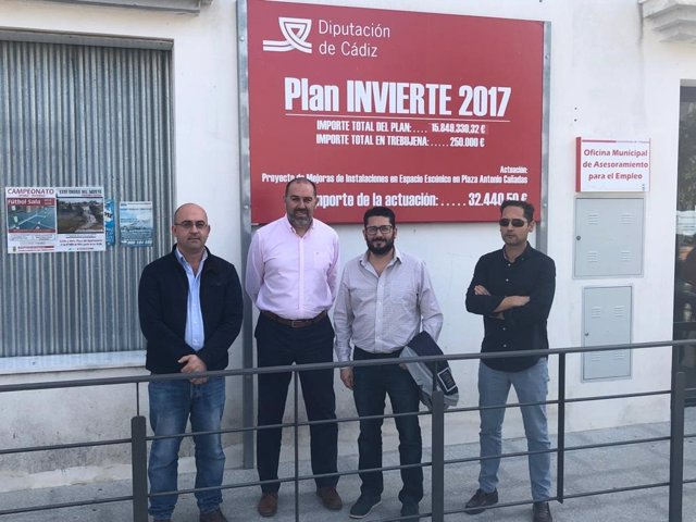 Jesús Solís en Trebujena con obras de Diputación