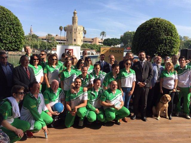 FADEC y Grupo Abades suscriben un acuerdo sobre el deporte inclusivo