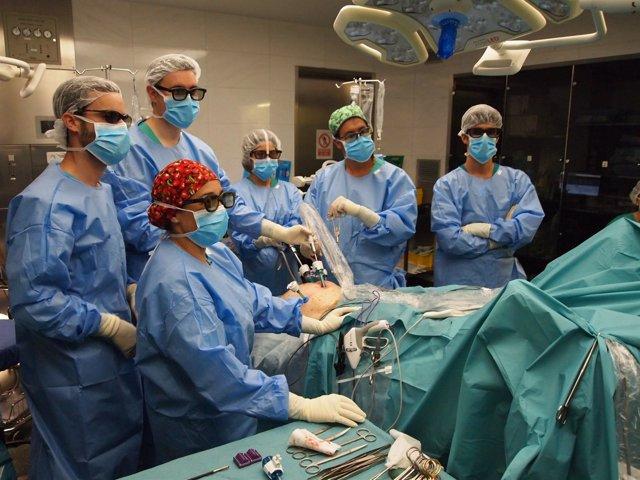 Cirugía de urólogos del Hospital del Mar (Barcelona)