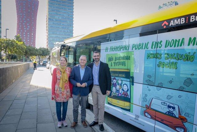 Campaña 'El transport públic et dóna més'