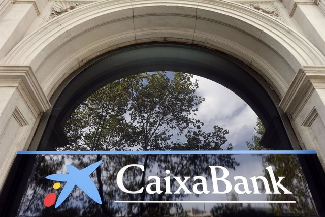 Entrada Oficina de CaixaBank