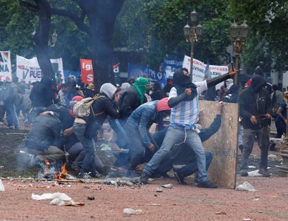 Disturbios en el Congreso argentino por los presupuestos de 2019