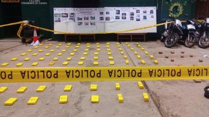 Detienen a 22 personas por presunto tráfico de drogas en Bolivia