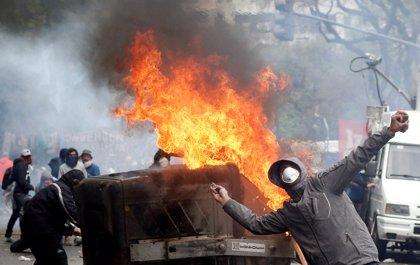 Organizaciones de derechos humanos argentinas advierten de la expulsión de extranjeros tras las protestas en el Congreso