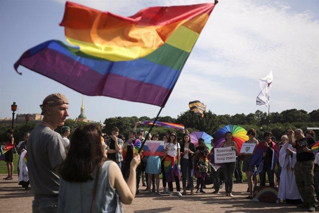 Marcha del orgullo gay en San Petersburgo