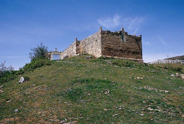 Palencia.- Imagen de la ermita del cementerio de Resoba