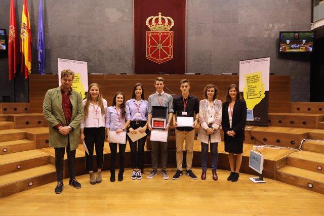 Ganadores del IX Torneo de Debate de Bachillerato