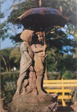 La escultura de 'Los Niños del Paraguas'