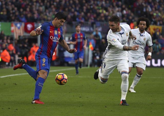 Football Soccer - Barcelona v Real Madrid - Spanish La Liga Santander- Nou Camp