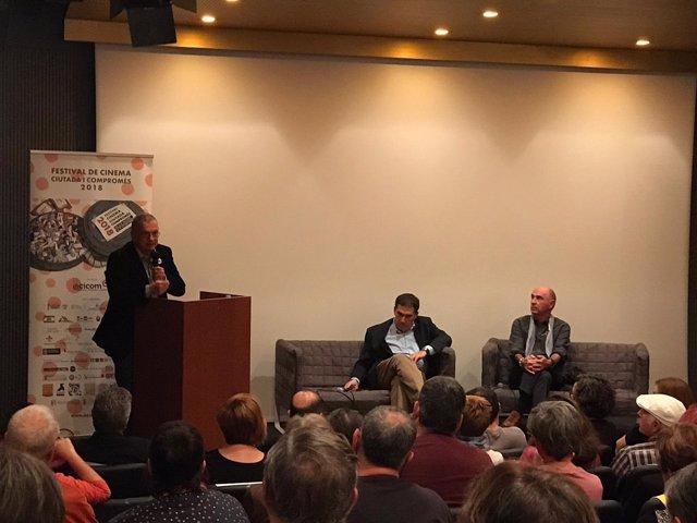 Lluís Llach y Jaume Alonso-Cuevillas en el Octubre