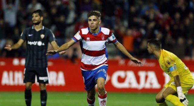 Granada se pone líder de Segunda
