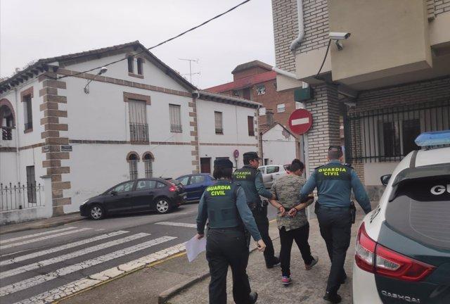 Atracador detenido en Casas de miravete
