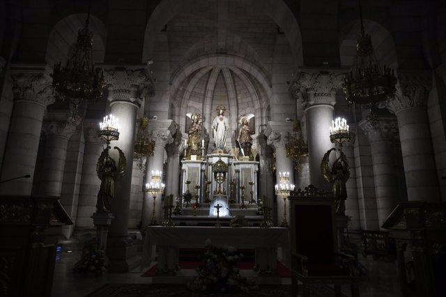 Cripta de la Parroquia de Santa María la Real de la Almudena en Madrid