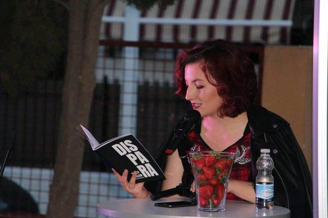 La poeta Mery Salem
