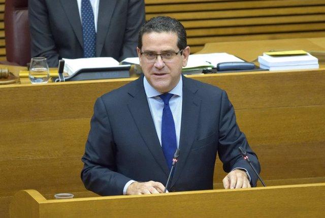 El presidente del PP en Les Corts, Jorge Bellver