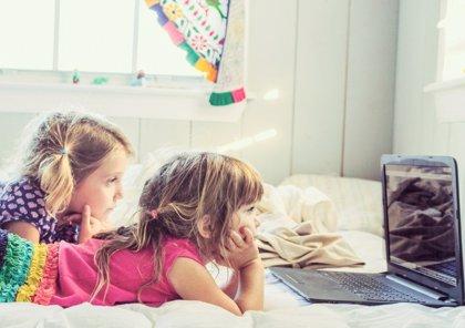 Cómo cuidar la salud ocular de los hijos en la época de las pantallas