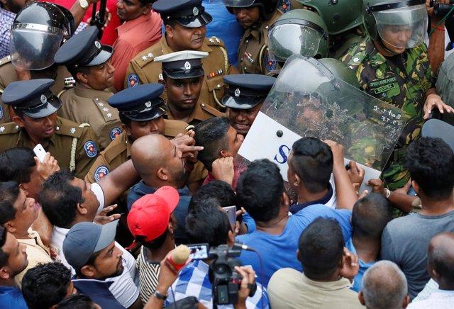 Enfrentamientos en Colombo (Sri Lanka)