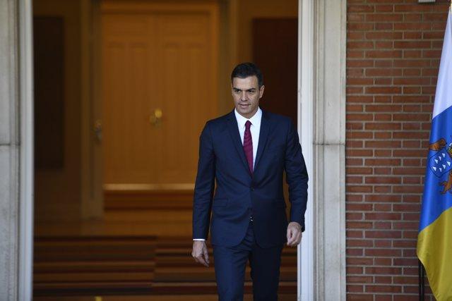 Pedro Sánchez se reúne con el presidente de Canarias, Fernando Clavijo