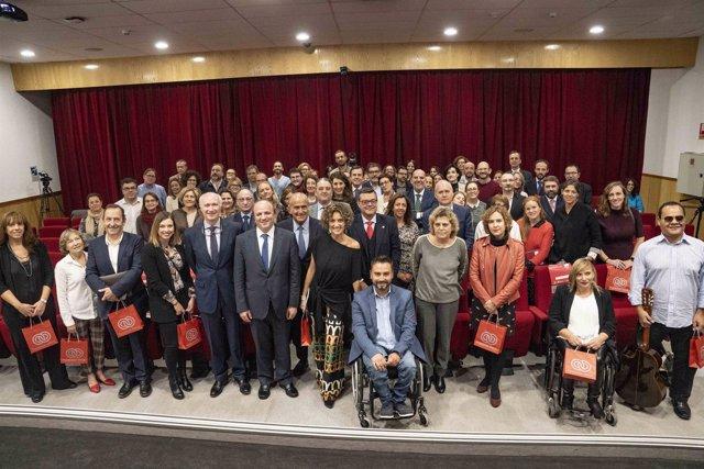 Fundación ONCE reconoce el compromiso con la discapacidad de medio centenar de e