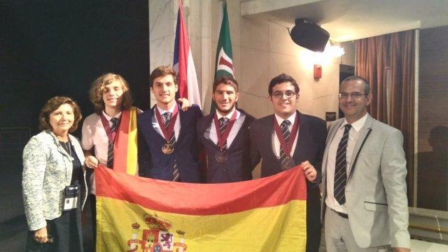 La delegación española participante en la Olimpiada Iberoamericana de Física