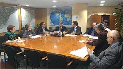 Generalitat y AMB se reúnen para acordar la regulación de las licencias VTC en Catalunya