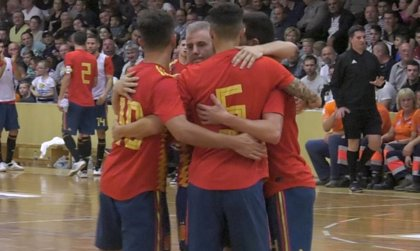 La selección de fútbol sala se impone claramente por 0-3 en su primer amistoso ante Rumanía