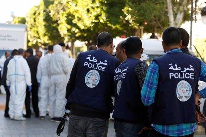"""España condena """"enérgicamente"""" el atentado suicida perpetrado en la capital de Túnez"""