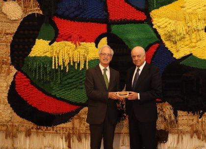 La Fundación Joan Miró reconoce a Francisco González su colaboración con la entidad bajo su presidencia del BBVA