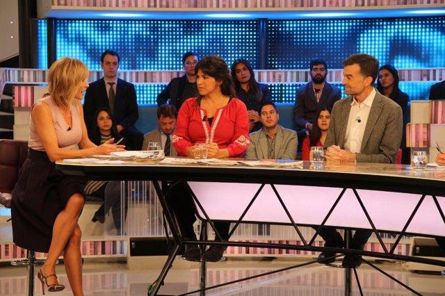 Teresa Rodríguez y Antonio Maíllo durante la entrevista en Espejo Público