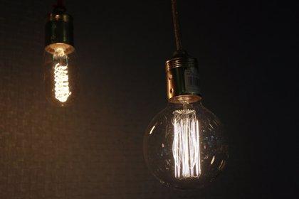 """Uatae ve """"positivo"""" para las pymes un IPC """"estable"""" gracias a la bajada de la luz"""