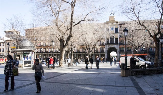 Zocodover, Personas Caminando, Plaza, Toledo