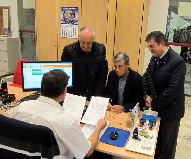 Policarpo Sánchez registra la petición al ministro