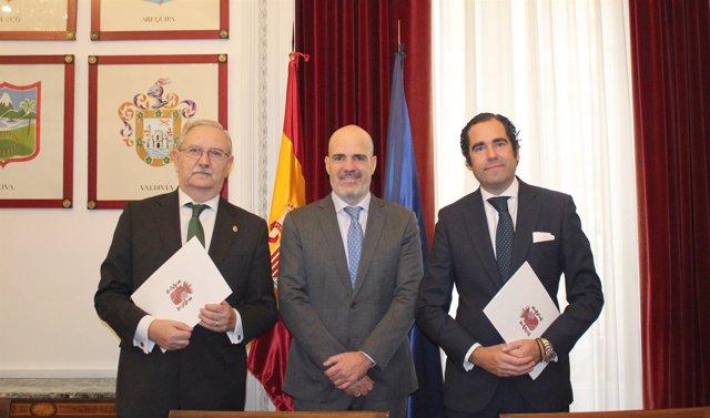 CGCOM firma un convenio con MUFACE