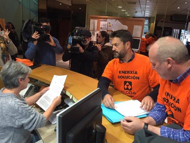 El Comité de Empresa de Alcoa A Coruña denuncia el ERE