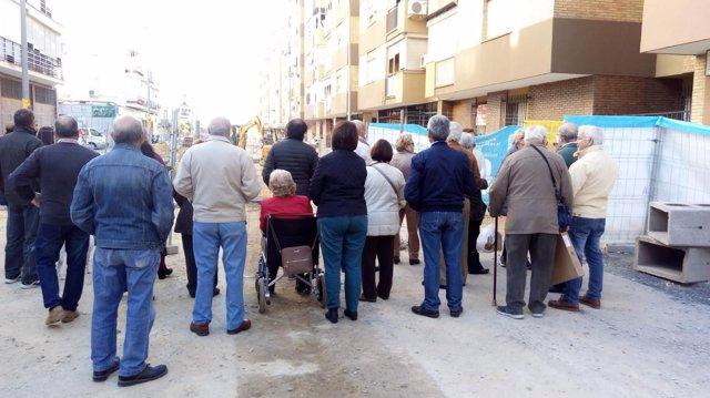 Vecinos de Santa Justa en un acto simbólico de protesta