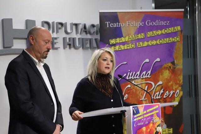 La concejala de Cultura, Lourdes Garrido, presenta el V 'Ciudad de Platero'.