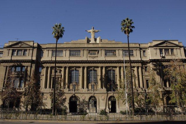 Universidad Católica de Santiago de Chile.