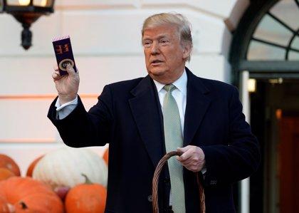 """Trump dice que la frontera es """"sagrada"""" y vuelve a atacar a la Prensa por las protestas contra él en Pittsburg"""