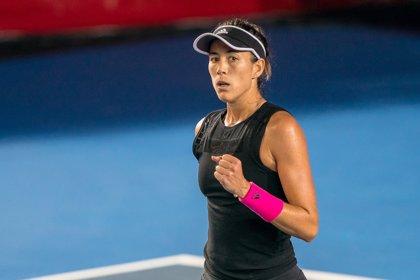 Muguruza debuta en el WTA Elite Trophy con remontada sobre Zhang