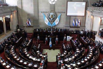 Diputados en Guatemala proponen cinco años de cárcel por criticar a políticos