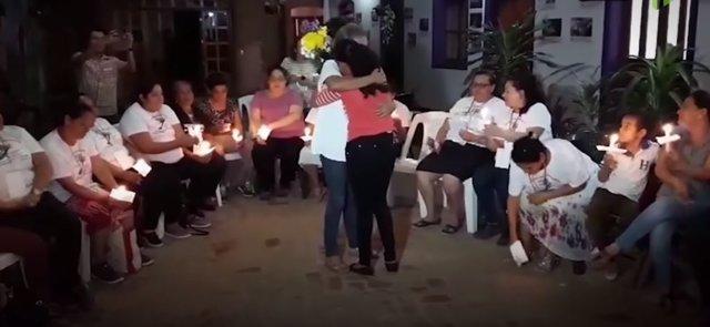 Hondureña se reencuentra con su hija en México