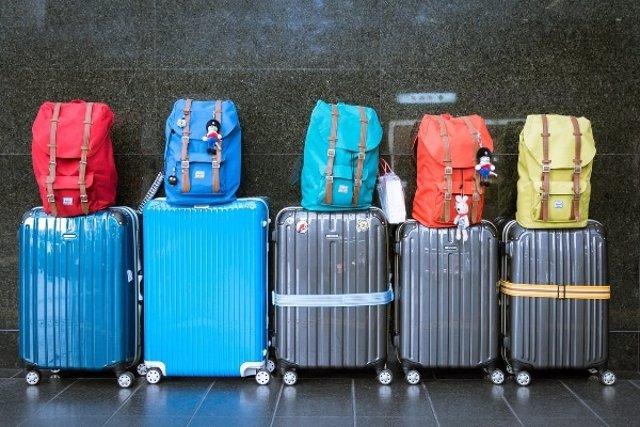 Italia prohibe a Ryanair cobrar por el equipaje de mano