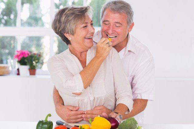 La alimentación puede frenar el deterioro cognitivo