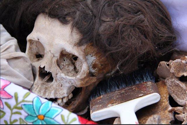 Limpieza de huesos en Pomuch