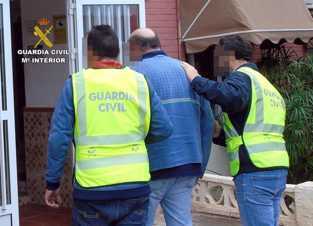 Guardia Civil detiene al presunto autor de varios robos en el polideportivo
