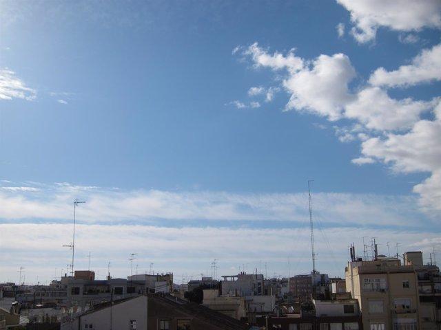 Cielo despejado en la ciudad de València