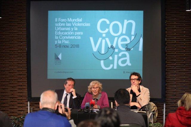 Federico Mayor Zaragoza, Manuela Carmena y Felipe Llamas