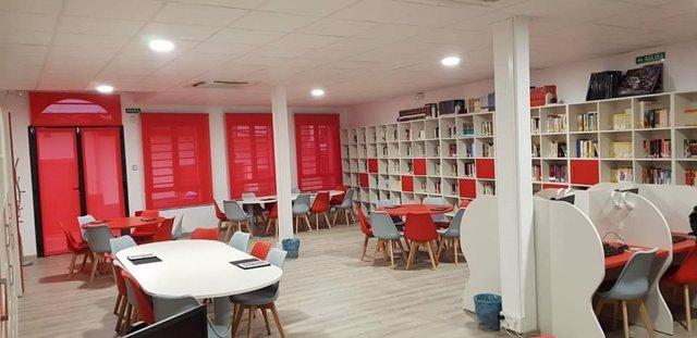 Biblioteca del nuevo centro cultural de Cabezuela del Valle